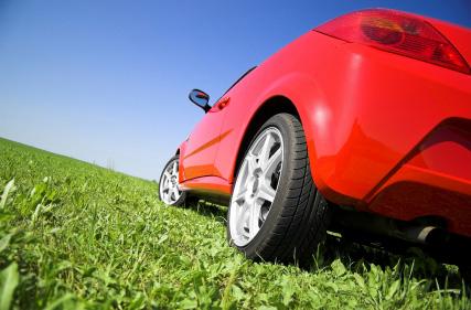 Röd billig sportbil