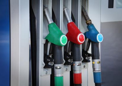 Olika fordonsskatt för diesel och bensin